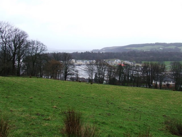 Fields above Inverkip
