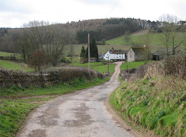 Approach to Chapel Farm