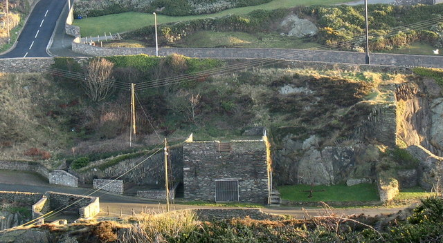 The old lime kiln at Porth Amlwch