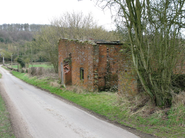 Derelict building on Church Lane