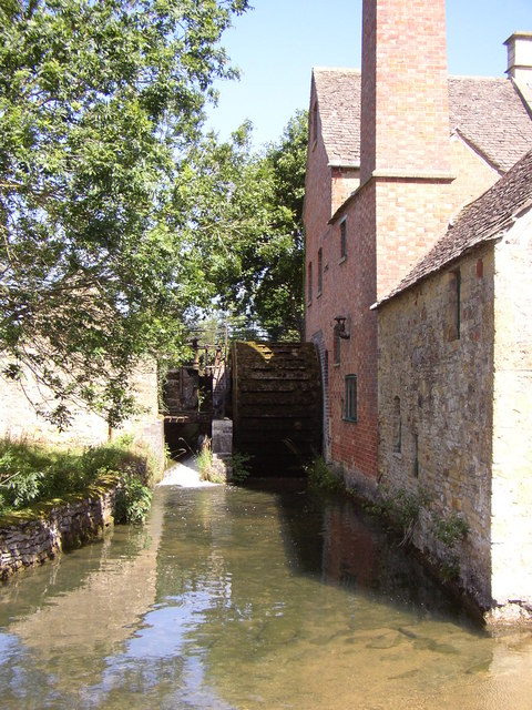 Waterwheel and mill lade at the Old Mill Lower Slaughter
