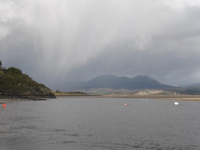Storm over Moel Ysgyfarnogod from Borth-y-gest