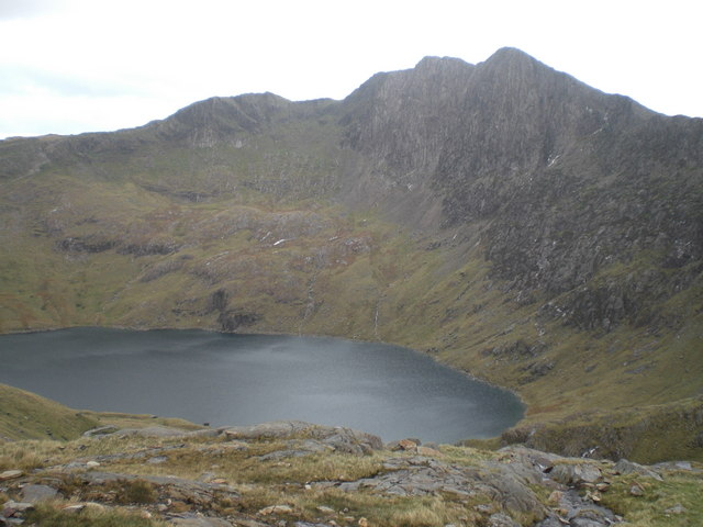 Y Lliwedd from the Pyg track