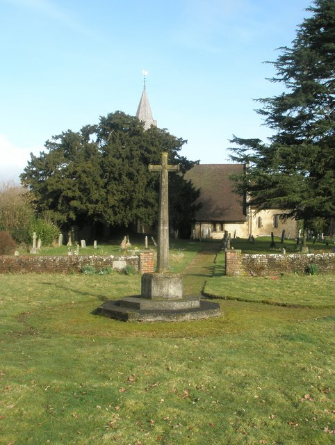 Simple cross in the churchyard at All Saints', Steep