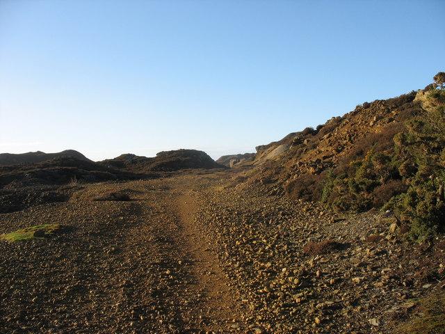 Roadway leading to the open cast working on the east side of the mountain