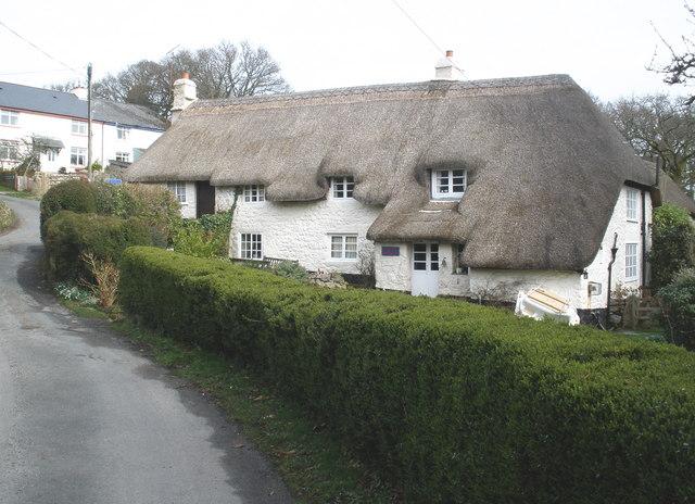 Thatched cottage, Pethybridge