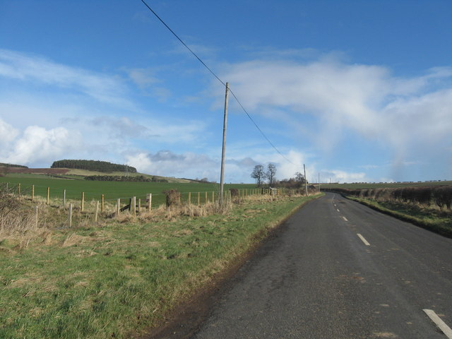 The country road goes on after passing Howtel