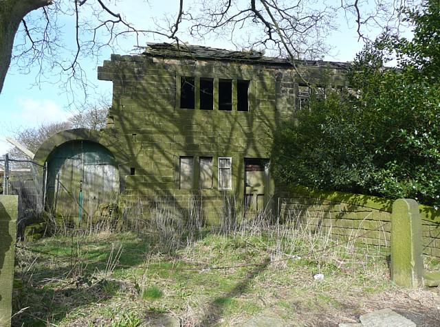 Manor House cottage and barn, Mytholmroyd