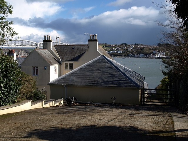 House overlooking the Tamar