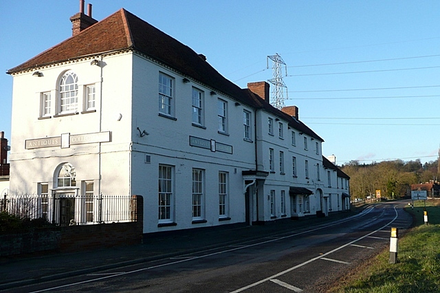 White Lion, Hartfordbridge