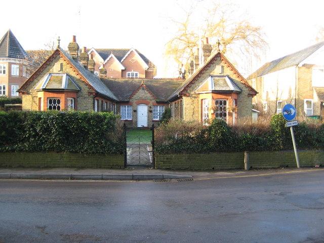 Rickmansworth: Beresford Almshouses