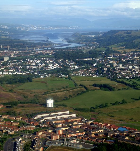 Drumchapel and the Clyde from the air
