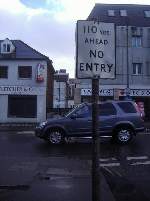 Pre-Worboys sign, Aldershot