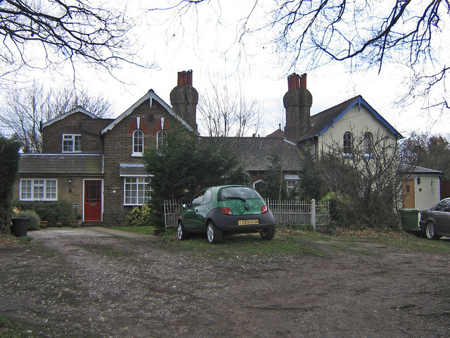 Cottages, Broom Hill