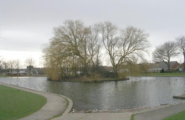 Purston Park Lake - Hall Street