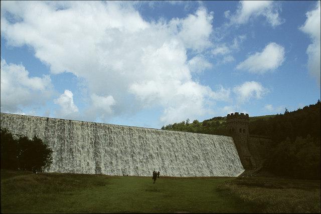 Derwent Dam in Full Flow