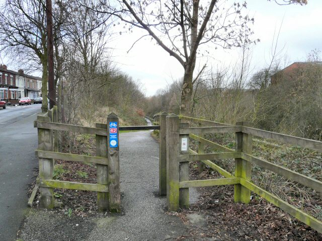 Entrance to TransPennine Trail
