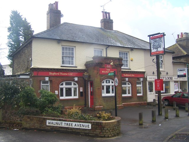 The Walnut Tree Public House, Loose