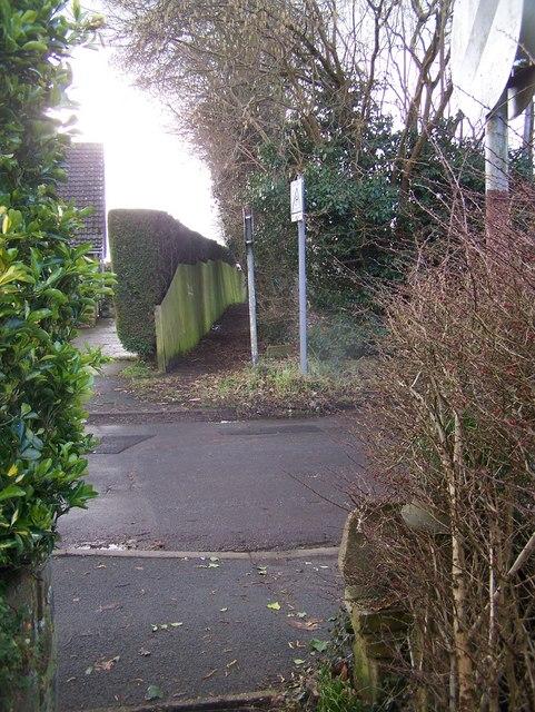 Footpath across Amsbury Road