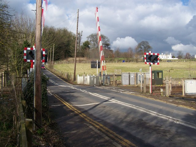 Level crossing at Teston