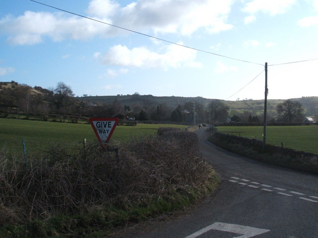 Lane leading to Brassington