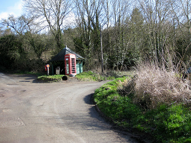 K6 Phone box, GR V postbox, Common Hill