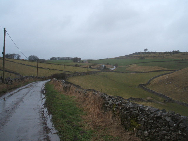Backhill Lane, approaching  Lowmoor Cottages