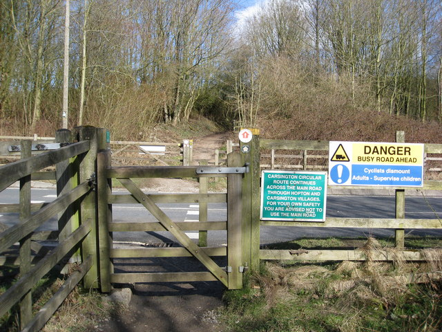 Carsington Water - Circular Route Crossing Point on the B5035