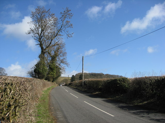 Minor Road to Carsington Village