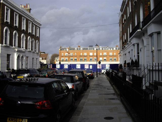 Oakley Gardens looking toward Chelsea Manor Street