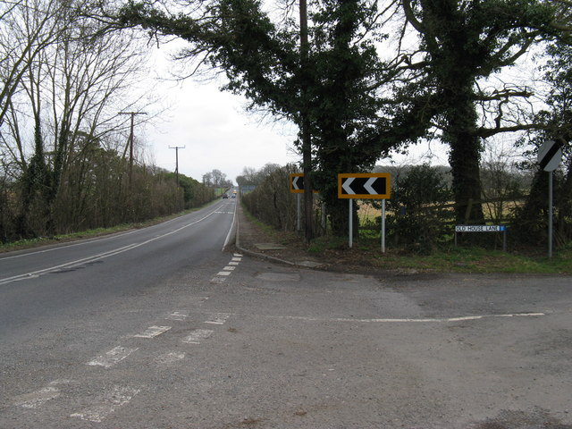 Junction of Old House Lane and the A272