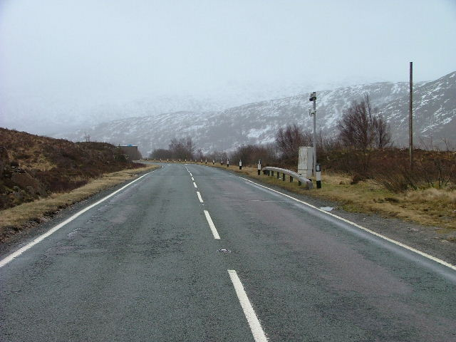 The A87 trunk road near Cluanie Dam