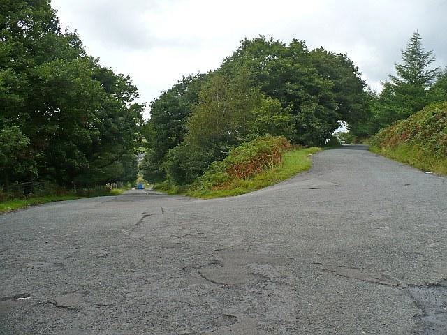 Hairpin bend near Abertysswg