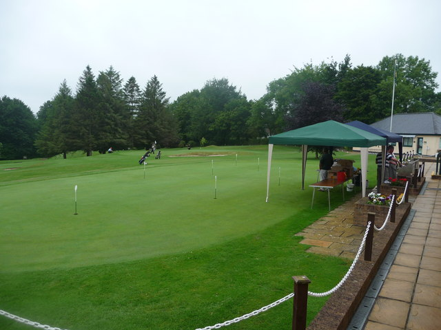 Tiverton Golf Club : Putting Green & BBQ