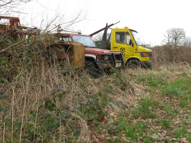 Varied abandoned vehicles at Cattlestone Farm