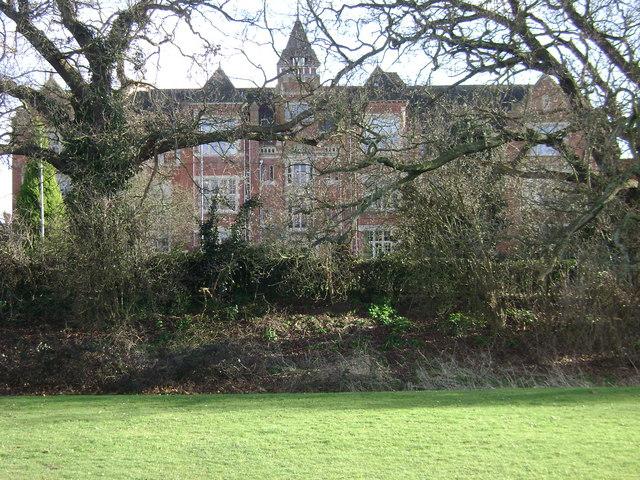 Warwick School from Myton Fields