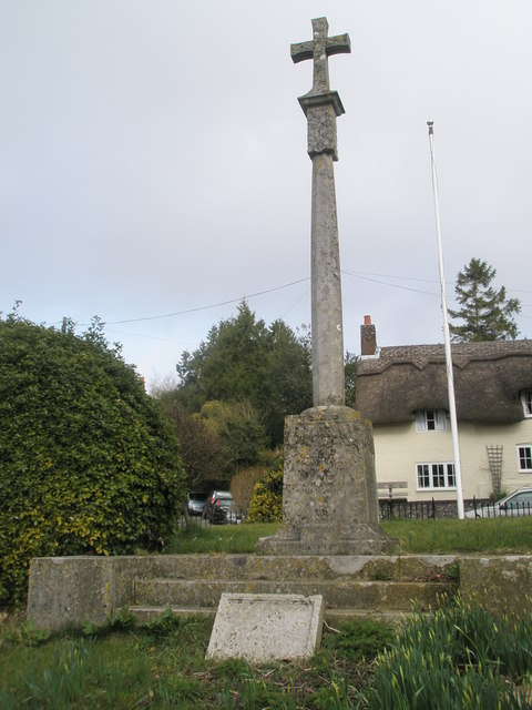 Simple cross on the Village Green at West Meon