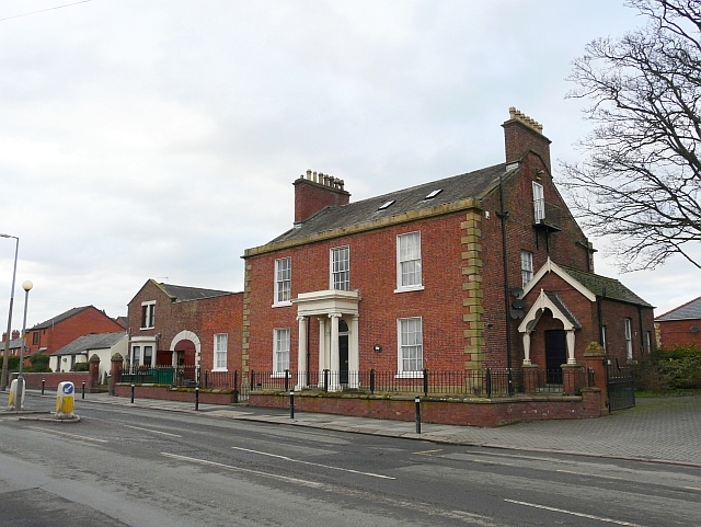 Coledale Hall, Newtown Road