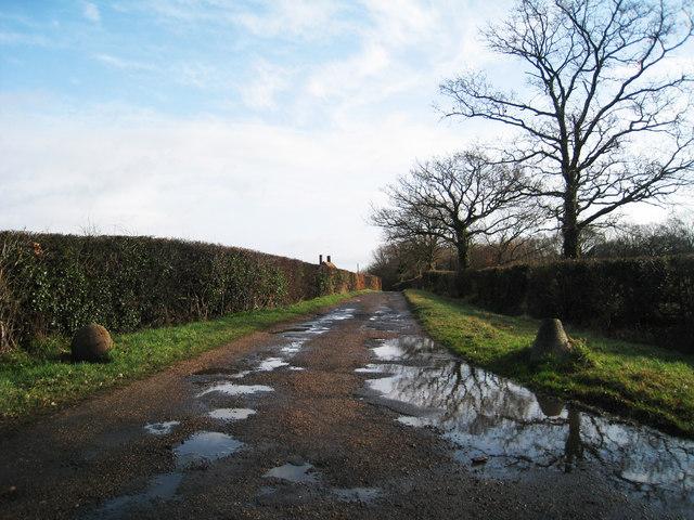 Track to Kingsgate House