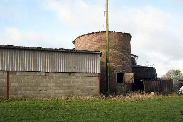Unconverted Oast House, Peening Quarter Farm, Peening Quarter, Small Hythe Road, Wittersham, Kent