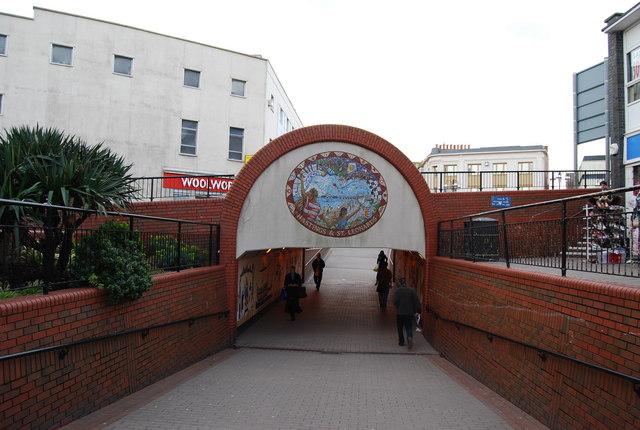 Mosaic, Wellington St underpass