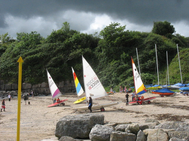 Getting ready to launch dinghies at Traeth Bychan