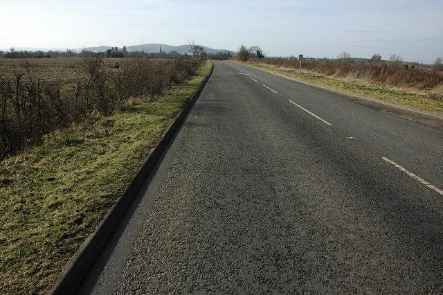 The B4078 north of Sedgeberrow