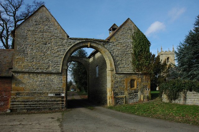 Arched entrance to Hinton Manor