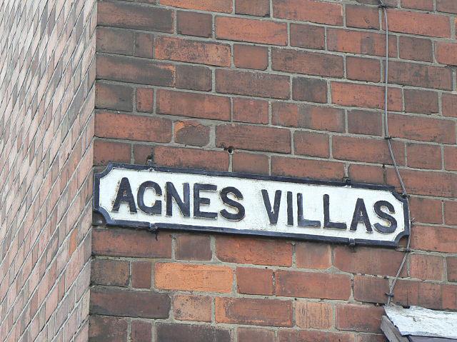 Agnes Villas