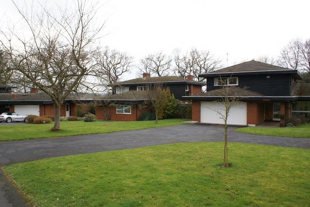 Modern housing in Barford