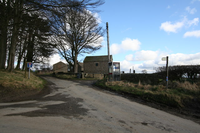 Phonebox and Field Barns, Barden
