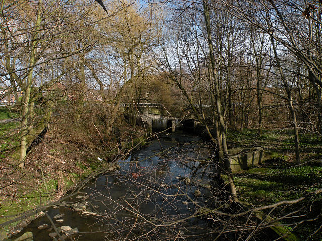 Jenny Field Drive bridge over Oak Beck