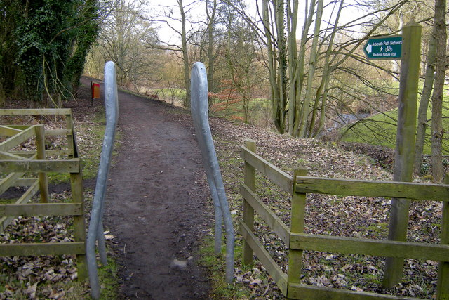Arbroath Path Network Signpost  depicting Waulkmill Nature Trail