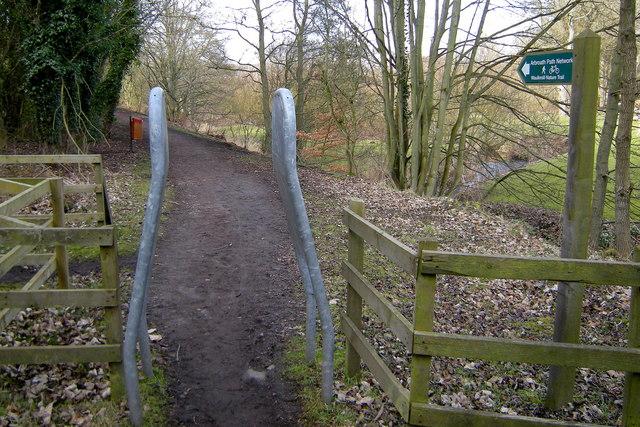Arbroath Path Network Signpost  depicting Waulkmill Nature Trail